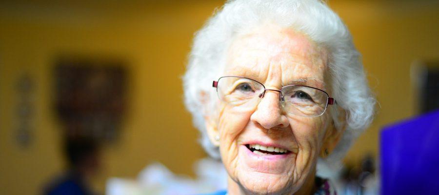 Smartopieka czyli profesjonalna pomoc dla osób starszych