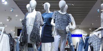Ubrania z sieciówek są nie tylko dla młodych