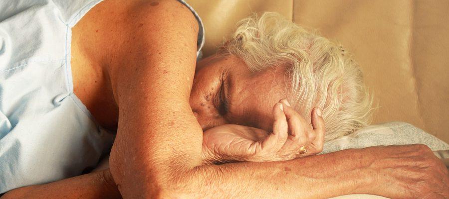 Rola snu w regeneracji ludzkiego organizmu.