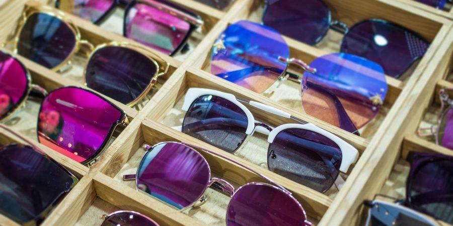 Jak wybrać okulary przeciwsłoneczne dla seniora