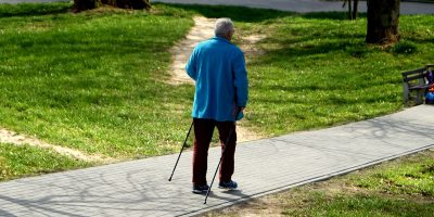 Jak senior może poprawić swoją aktywność fizyczną