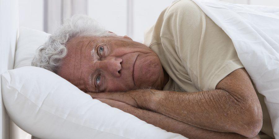 Bezsenność – spędza sen z powiek seniorowi i opiekunowi