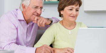 Naucz seniora, jak korzystać z internetu!