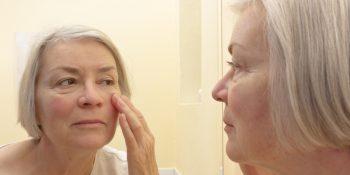 Ważny kosmetyk dla seniora – krem do powiek