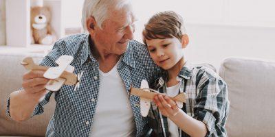 Zabawy dla dziadków i małych wnuków