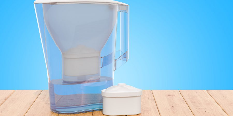 Dzbanek filtrujący wodę – dlaczego warto go mieć